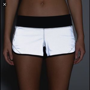 Lululemon Reflective Speed Shorts -360 Reflective